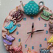 настенные часы Мухоморный хоровод - купить или заказать в интернет-магазине на Ярмарке Мастеров | Авторские настенные часы на кухню. Размер 42*36…