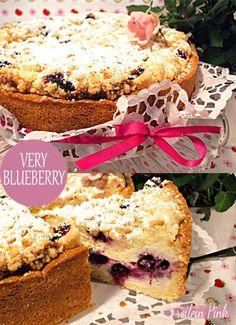 Zauberhaftes Küchenvergnügen: Blaubeer-Käsekuchen mit Vanille und frischen Butterstreuseln