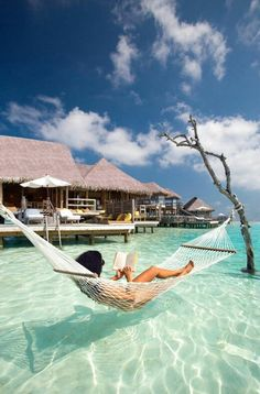 Paradise Hotel in Maldives Best Honeymoon place
