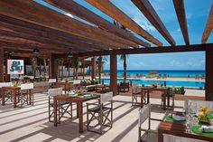 Secrets The Vine Cancun Patio | Honeymoons.com