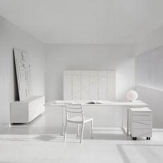 White-Home-Office-Desk-of-Flora-Collection-of-Fantoni