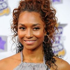 Rozonda Thomas (American, Dancer) was born on 27-02-1971.  Get more info like birth place, age, birth sign, biography, family, relation & latest news etc.