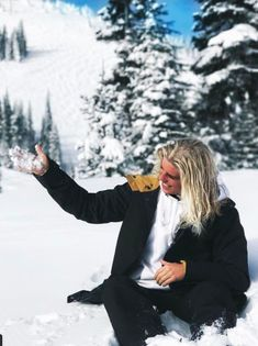 Snow Alex Hayes Pretty Art, Pretty Boys, Fox Character, Surfer Guys, My Man, Pretty Hairstyles, Character Inspiration, Male Models, Boy Outfits