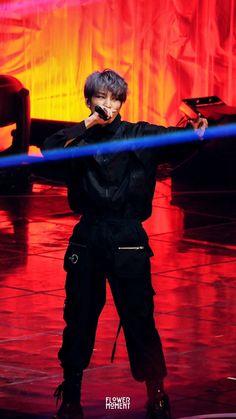 Listen to every Seventeen track @ Iomoio Woozi, Jeonghan, Carat Seventeen, Mingyu Seventeen, Seventeen Debut, Vernon, Warner Music, Hip Hop, Seventeen Wallpapers