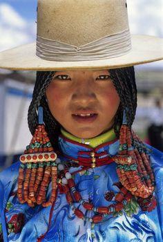 Eastern Tibet | Ngolok/Golok girl from Amdo | ©Stefano Pensotti