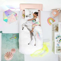 Your little one is sure to fall in love with the magical Snurk Single Unicorn Duvet Bedding Set. Featuring a rainbow mane and tail, they'll love snuggling with Unicorn Duvet Cover, Unicorn Bed Set, Magical Unicorn, Design Shop, Print Design, Single Duvet Cover, Duvet Bedding Sets, Quilt Cover Sets, Baby Quilts