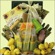 Mother's Day Gift Basket with a gardening theme.  Great for grandmothers too! From www.shopthegiftbasketstore.com