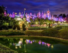 It's a Small World Disneyland Christmas, Small World, Disney Magic, Big Ben, Golf Courses, Dolores Park, Travel, Viajes, Destinations