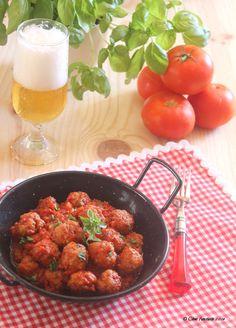 Cocina compartida: Albóndigas con salsa de tomate y aroma de albahaca