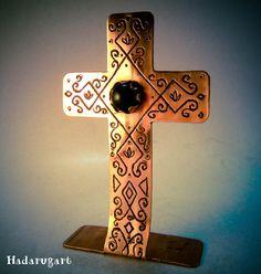 Cruce din tabla de cupru gravata - Hadarugart Arta inseamna viata