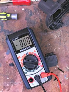 Have a Cordless Tool Battery Won't Recharge?The Art of Doing Stuff Cordless Drill Batteries, Ryobi Battery, Cordless Power Tools, Craftsman Power Tools, Home Electrical Wiring, Lead Acid Battery, Home Repair, Skin Whitening, Pole Dancing