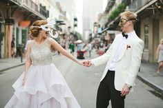 A #NewOrleans Wedding to remember!  . #FindVendorsLikeThis in YOUR City for YOUR #Wedding  Search #TOP10 - #ClickBioLink .  @eddiemarroquin of @hivoltstudios #Weddings