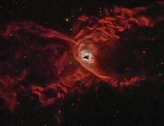 NGC 6537 é uma nebulosa planetária na constelação de Sagitário cerca de 3000 anos luz da Terra. É conhecida também com o nome de Nebulosa da Aranha Vermelha.