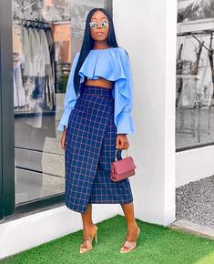 Starting the week with this outfit from 💙💙💙 - bag ❤️❤️ Black Girl Fashion, Star Fashion, Look Fashion, Womens Fashion, Fashion Styles, Classy Outfits, Stylish Outfits, Mode Kimono, Looks Street Style