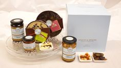 Sweet break Gift Box contains all you need to give a boost of energy to your evening #jams #chocolate #honey https://goo.gl/BgyKz0