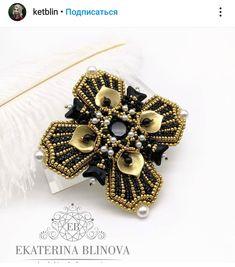 Beaded Brooch, Beaded Jewelry, Seed Bead Jewelry Tutorials, Seed Beads, Pendants, Embroidery, Creative, Handmade, Instagram