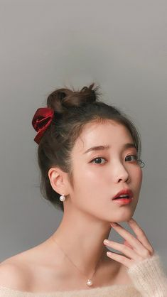 Iu Hair, Kpop Hair, Pretty Korean Girls, Cute Korean Girl, Korean Beauty, Asian Beauty, Chica Cool, Sana Momo, Iu Fashion