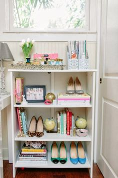 Julie Leah: A life & style blog // Decorating with Shoes