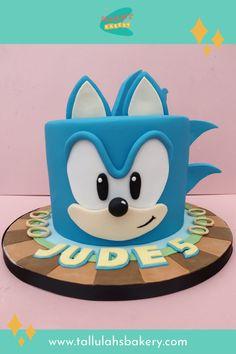 Sonic Birthday Cake, Sonic Birthday Parties, Sonic Party, Leo Birthday, Cupcake Birthday Cake, Cool Birthday Cakes, Cupcake Cakes, Bolo Sonic, Sonic Cake