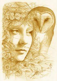 """Blodeuwedd - Seu nome foi traduzido como """"flor branca"""", sendo representada, muitas vezes, com um lírio branco nas cerimônias de iniciação celtas de Gales. Criada por Math e Gwydion, o Druida, para ser esposa de Lleu, foi transformada em coruja por causa do seu adultério e da conspiração para a morte do marido. Aspecto virginal da Deusa Tríplice dos galeses, Blodeuwed tinha por símbolo uma coruja. Seu domínio é o das flores, sabedoria, mistérios lunares e iniciações"""