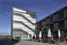 fassade_zumthor_architektur_kunsthaus_bregenz_glaspaneel