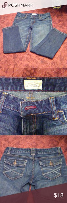 "Aeropostale Capris Jeans Cute and comfortable jeans Capris. In excellent condition. Measurements: inseam is 23"" and rise is 7"" Aeropostale Pants Capris"