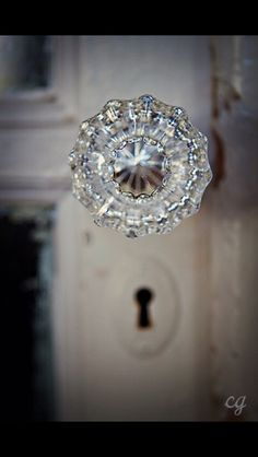 Superbe Glass Door Knob, Have This Exact One On My Bath And Bedroom Door, Original  To The Doors.