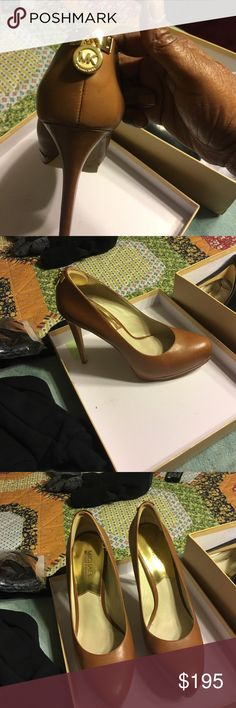 """Michael kors stilettos 4""""to 4 1/2 Michael kors stilettos sexy shoes 👠 size 10 excellent condition worn 2to 3 times for Business dinner with Gold logo MK Shoes Heels"""