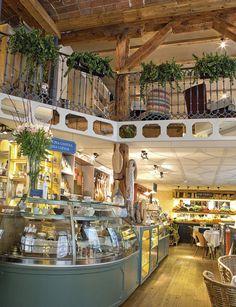 Spain And Portugal, Portugal Travel, Spain Travel, Best Hotels In Madrid, Madrid Restaurants, Best Places To Travel, Places To Go, Mercado Madrid, Places