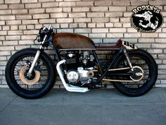 CB550Four mix of cafe and bratstyle