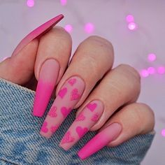 Image shared by Find images and videos about pink, nails and unhas on We Heart It - the app to get lost in what you love. Summer Acrylic Nails, Best Acrylic Nails, Summer Nails, Pink Acrylic Nail Designs, Disney Acrylic Nails, Spring Nails, Nagellack Design, Fire Nails, Heart Nails