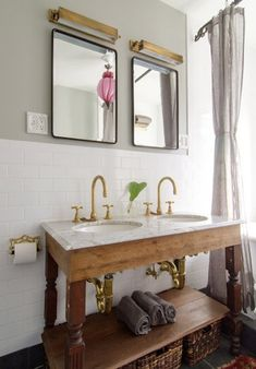 Bathroom inspiration: white marble + rustic wood + gold accents