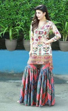 Pakistani Couture, Pakistani Outfits, Indian Outfits, Pakistani Girl, Indian Attire, Simple Dresses, Casual Dresses, Fashion Dresses, Casual Wear
