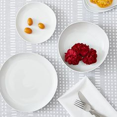 Como White Flat Plate  | Crate and Barrel
