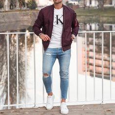 visit our website for the latest men's fashion trends products and tips . Blazer Outfits Men, Blazer Fashion, Casual Outfits, Men's Fashion, Fashion Styles, Outfit Jeans, Fashion 2020, Fashion Trends, Bomber Jacket Outfit