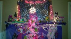 Barney and friends mantel and tree