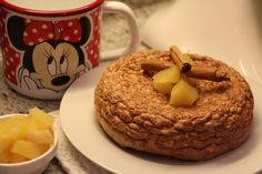 Mela e cannella l'abbinamento più buono per eccellenza, non sotto le feste, ma in qualsiasi periodo dell'anno. Ingredienti: 150 gr di albume 30 gr di riso soffiato 50 gr di mele cotte a pezzetti Cannella Procedimento: Preriscaldare un pentolino da 14 cm. Montare l'albume bene, finché non diventa bianco e… Continua Pancakes, Muffin, Cookies, Breakfast, Desserts, Food, Crack Crackers, Morning Coffee, Tailgate Desserts