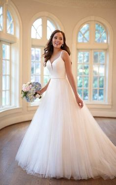 Dream Wedding Dresses Lace 7020 Modern Romantic Ballgown with Floating Strap Detail by Stella York.Dream Wedding Dresses Lace 7020 Modern Romantic Ballgown with Floating Strap Detail by Stella York Lace Wedding Dress, Princess Wedding Dresses, Best Wedding Dresses, Designer Wedding Dresses, Bridal Dresses, Wedding Gowns, Wedding Blog, 2017 Wedding, Tulle Wedding