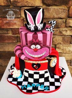 Alice in Wonderland cake, Disney cake