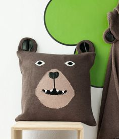 H bear pillow