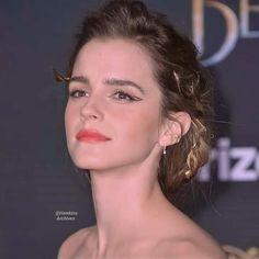 Emma Watson Sexiest, Queen, Sexy