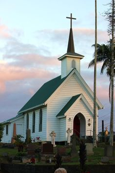 most of them are old churches. I Hope you Enjoy these Pictures Source: Sweet little church in Hawaii First Congregational Church O… Abandoned Churches, Old Churches, Architecture Religieuse, Church Pictures, Old Country Churches, Take Me To Church, Church Architecture, Cathedral Church, Church Building
