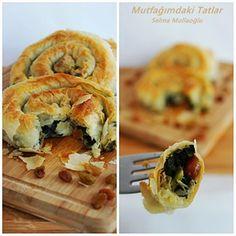 PAZILI BURMA BÖREK N efis, çıtır çıtır bir börek ... İç malzemesinde pazı, pirinç ve kuru üzüm kullanılıyor...Ben iç malzemesini görünc...