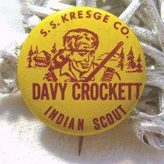 Vintage Davy Crockett Pinback Button, Circa 1950s, Collectible TV Memorabilia