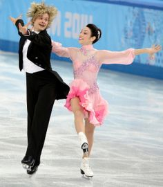 Charlie White and Meryl Davis - short dance - Sochi 2014 Roller Skating, Ice Skating, Figure Skating, Meryl Davis, Amy Grant, Dance Shorts, Ice Dance, Winter Games, Folk Music