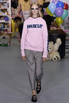 Ashley Williams Spring 2017 Ready-to-Wear Collection Photos - Vogue