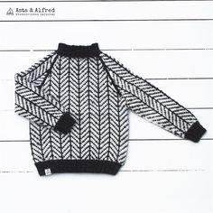 ISLÆNDER SWEATER i økologisk farvet alpaca- KØB HER. Boy Fashion, Knitting Patterns, Turtle Neck, Sewing, Children, Coat, Crochet, Sweaters, Bebe
