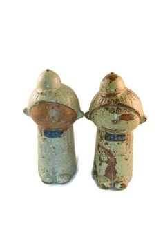 Vintage People Statues Salt And Pepper Shakers Made by FarahsAttic, $6.50