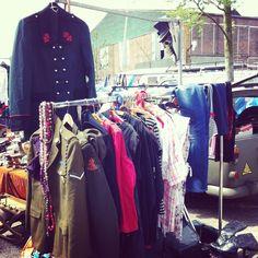 vintage Market Flea Markets, Vintage Market, Antique Shops, Wardrobe Rack, Warehouse, Marketing, Retro, Antiques, Shopping