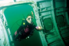 scuba diving in IL?!?  Near Shawnee National Forest.  They rent equipment too! #ScubaDivingEquipmentandSites